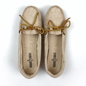 Minnetonka beige canvas leather tie moccasins